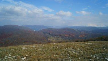 Гора Сарпаха и Ай-Петринская яйла