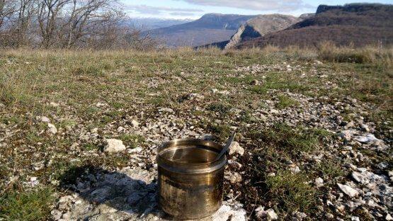 Суп на костре в горах